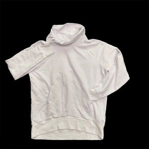 ZELLA white twisted funnel neck sweatshirt with pockets in the front